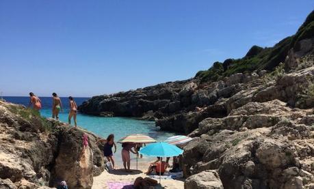 Viaggi e Lifestyle | Vacanze mare: 10 cose da fare a Minorca, Caló Blanc