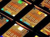 Fotoni colorati prodotti computer quantistici