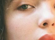 Beauty pazzo: monociglio Scarlett Costello