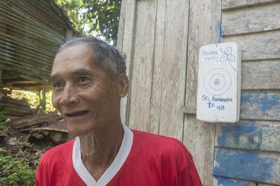 Malaysia 37 - Lasciare la longhouse