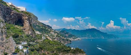 Costiera Amalfitana  Al Monastero Santa Rosa Hotel&Spa  per scoprire Conca dei Marini,  eletto terzo borgo più bello d'Italia