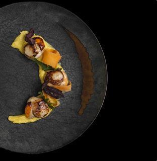 L'Antinoo's Lounge & Restaurant, l'elegante ristorante del Sina Centurion Palace,  affacciato sul Canal Grande a Venezia, presenta il nuovo menù estivo firmato dall'Executive Chef Massimo Livan