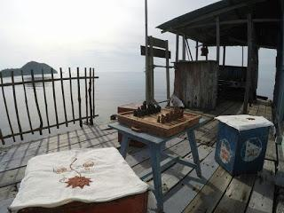 Ecoturismo a Tumbak tra diving, snorkeling, coralli e mangrovie