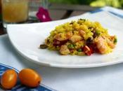 Insalata riso all'orientale zafferano, mazzancolle, piselli, pomodoro olive