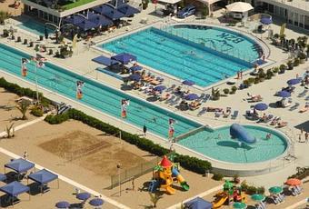 Bagno Balena Viareggio Palestra : Bagno balena viareggio pool party paper