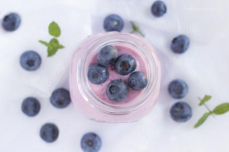Smoothie fragole e mirtilli