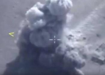 Siria. Missili Kalibr colpiscono obbiettivi Isis a Deir Ezzor. Il video diffuso da Mosca
