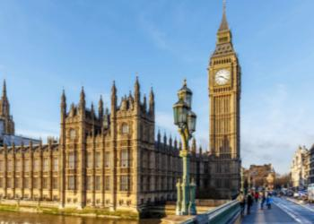 Gran Bretagna. Moody's declassa debito Londra; Brexit la causa principale