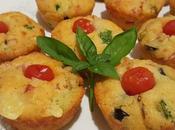 Muffin salati zucchina, formaggi, olive wurstel affumicato