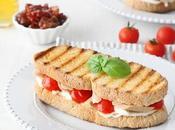 Sandwich tonno, bufala, pomodorini secchi peperoncino