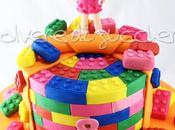 Torta decorata Lego Friends: Stephanie tridimensionale pasta zucchero mattoncini