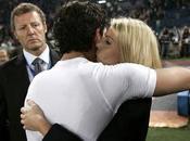 Milan vince scudetto, Barbara Berlusconi Pato bacetto (video)