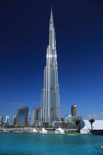 Dubai suicidio dal grattacielo pi alto del mondo paperblog - Dubai grattacielo piu alto ...