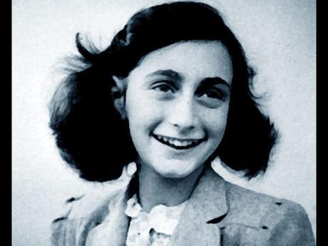 Caso Anna Frank: 68 anni di Daspo per 13 ultras della Lazio