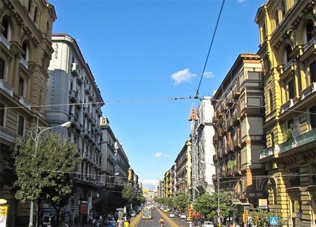 Quanto costa comprare una casa a Napoli? I prezzi per quartiere