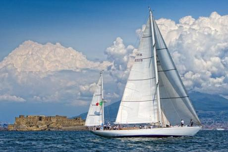 Prove Gratuite a Mare di Vela al Circolo Savoia a Napoli