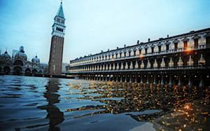 Venezia affonda?