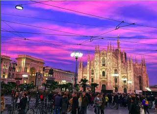 Tramonto spettacolare su Milano
