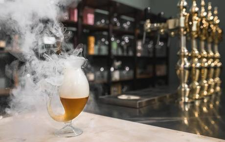 Bologna: apre Bizarre, cocktail boutique