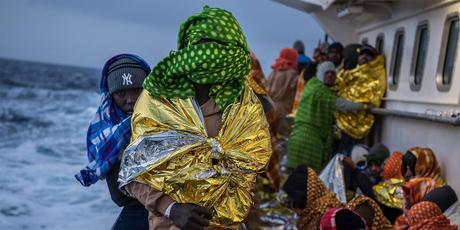 Risultati immagini per gli africani emigrano