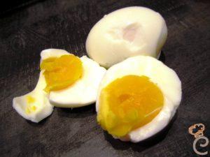 Maionese di uovo sodo al timo