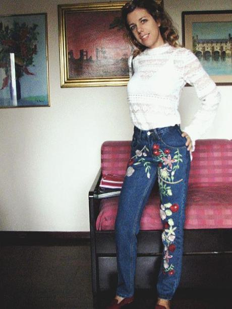 OOTD: Embroidered Jeans & Lace Top