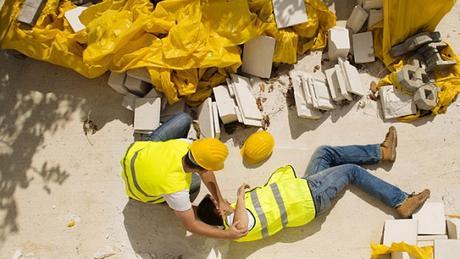 Infortuni sul lavoro – Un terzo sono per cadute dall'alto con gravi danni