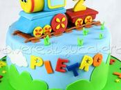Torta decorata compleanno bimbo trenino pasta zucchero