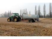 CASARILE (pv). Incontro informativo rischi pericoli l'uso fanghi agricoltura.