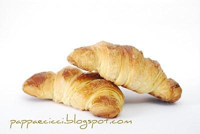 I croissant, o meglio…. le tetesch