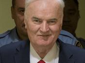 """""""boia Srebrenica"""" Mladic stato condannato genocidio crimini contro l'umanità"""