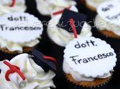 Cupcake decorati toco pergamena pasta zucchero festeggiare Laurea