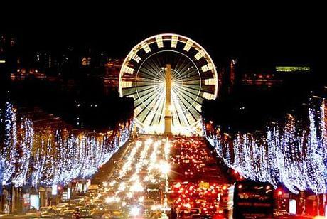 Natale 2017: gli Champs Elysées si accendono di magia!