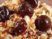 Dolci Tradizionali Natale: Crema Coppa Geraldine, arricchita amarene mandorle.
