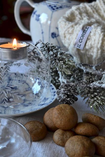 Pebernødder, bicottini speziati danesi