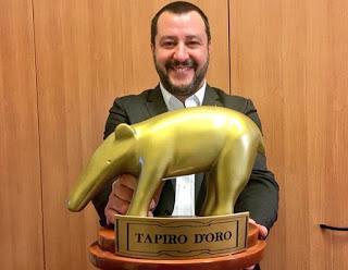 Tapiro d'Oro 2017 per Renzi e la Boschi che hanno massacrato migliaia di italiani!