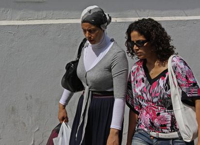 Risultati immagini per donne tunisine