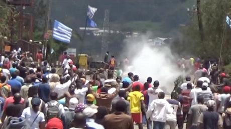 Risultati immagini per scontri in camerun
