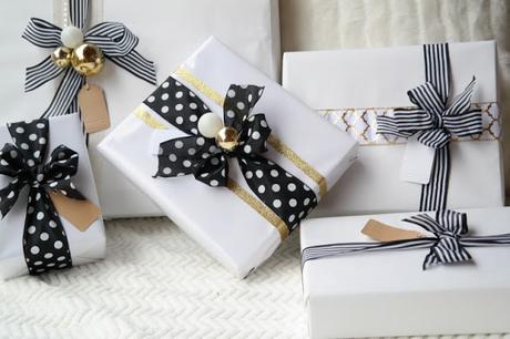 idee per incartare i regali di natale idee originali per incartare i regali christmas wrapping how to wrap christmas gifts mariafelicia magno fashion blogger color block by felym