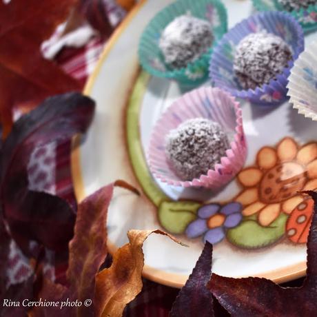 Festa di compleanno e Bon bon al cocco e Pan di stelle