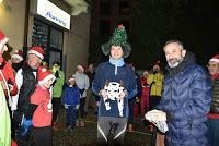 PAVIA. I Babbo Natale corrono in città.