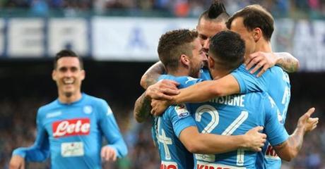 Che spettacolo al San Paolo! Il Napoli ribalta la gara, Marek nella storia! VIDEO GOL
