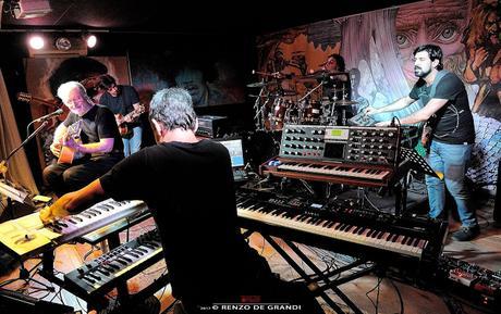 Aldo Tagliapietra live al Club Il Giardino, di Marco Pessina e Renzo De Grandi