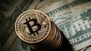Il valore dei Bitcoin è crollato sotto i 13 mila dollari