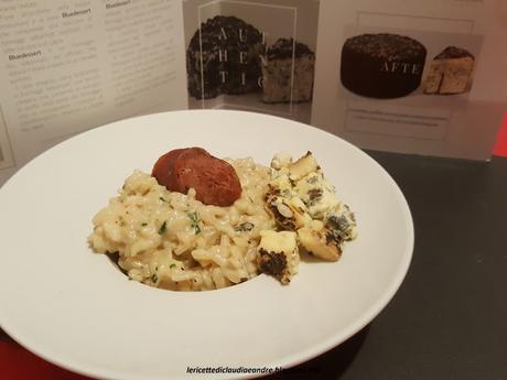 Risotto cremoso con formaggio Bluedessert alle erbe