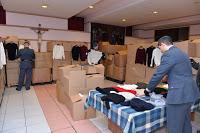 TORINO. Dalla Finanza donati per Natale al Cottolengo oltre 12mila capi di abbigliamento sottratti al mercato del falso