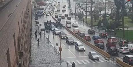 Protesta imprese funebri: corteo di 50 carri a Napoli