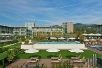 AQUALUX Hotel SPA Suite&Terme Bardolino: A favore dell' Associazione AIPD