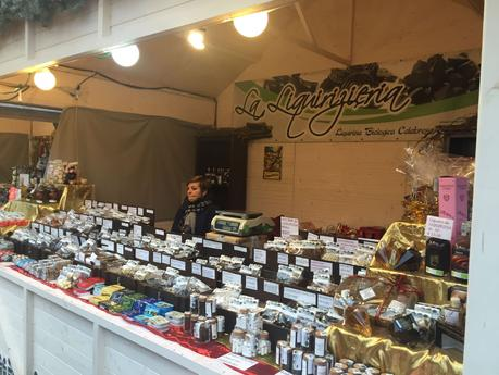 Torino, pur grillina, ha un mercatino di Natale impeccabile mentre Piazza Navona fa schifo. Ecco perché