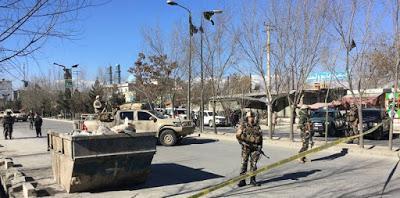 Ci sono almeno 41 morti per un attacco suicida a Kabul